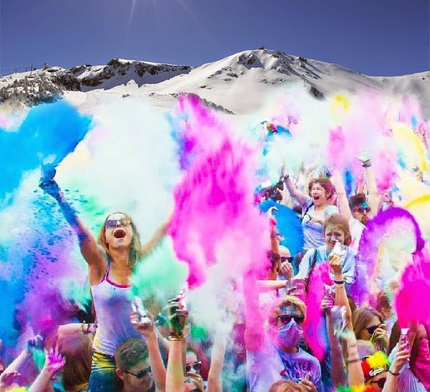 Rendi l'inverno coloratissimo: Snow Holi Color Festival, Snow Color Run…