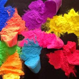 Holi Color sul mercato. Come scegliere i migliori Holi Color. Facciamo chiarezza sugli Holi Colors