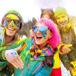 Holi attività sulla neve 2020. Rendi l'inverno coloratissimo: Snow Holi Color Festival